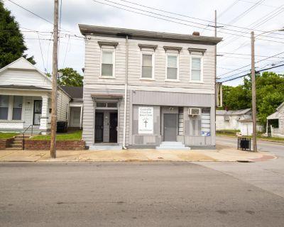 Portland - OZ | Multifamily/Retail Property | For Sale