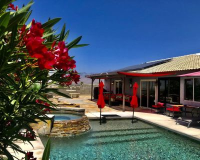Private Spa Oasis in Greater Palm Springs - Heated Mineral Saltwater Pool / Spa - Desert Hot Springs