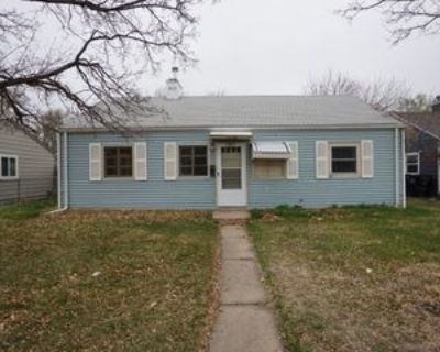 1985 Xenia St, Denver, CO 80220 3 Bedroom Apartment