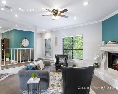 The location you want . . . the luxury you deserve! apartments in Bluff Springs Road ..