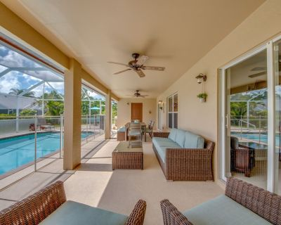 Enjoy all this Home has to Offers, Family-Fun Amenities, Heat Pool - Villa Mercedes - Cape Coral - Pelican