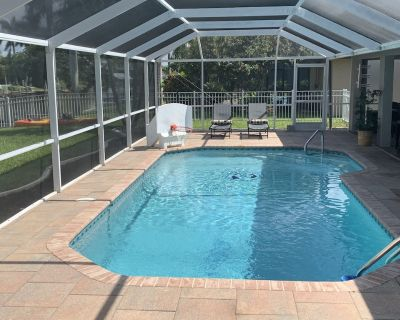 Recently Renovated, Beautiful Gulf-Access Canal Home - Cape Coral