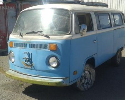 1977 sunroof bus now parting