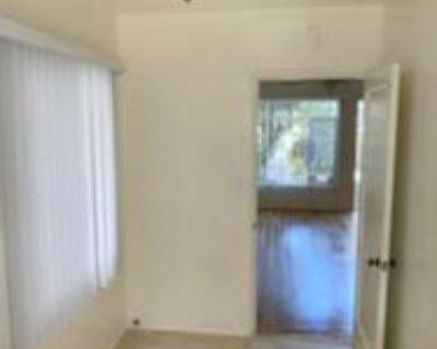 328 N Louise St #223, Glendale, CA 91206 1 Bedroom Condo