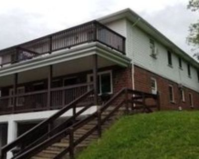 210 N Cherrywood Ave #2, Dayton, OH 45403 2 Bedroom Apartment
