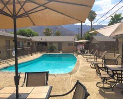 685 E Vista Chino, Palm Springs, CA 92262 1 Bedroom Apartment