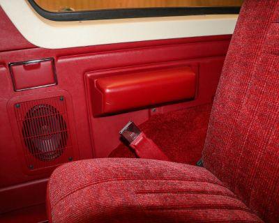 Dash bezel with rear window switch. Hardtop trim pieces. Headliner Trim Pieces