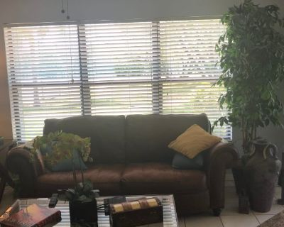 Private room with own bathroom - Fort Myers , FL 33919