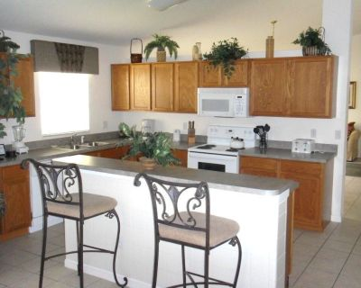 Urban 4 Bed 2 Bath House - Perfect stay while exploring Orlando,Florida - Four Corners