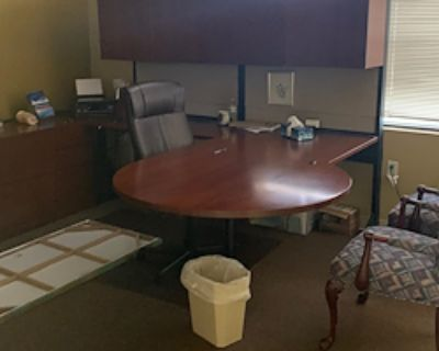 Private Office for 1 at Farmers Insurance, Adrienne Robinson Agency