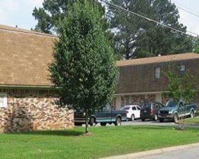 200 Crestview Dr #10, Jacksonville, AR 72076 2 Bedroom Apartment