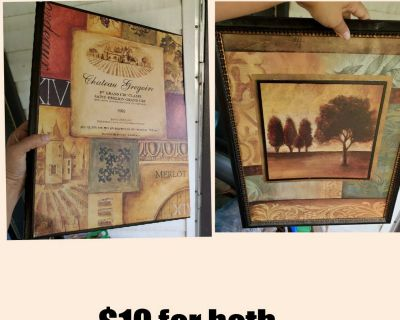 2 picture frames decor wall hanging