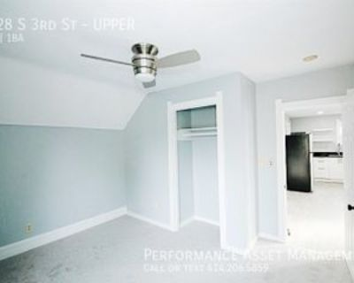 1428 S 3rd St #UPPER, Milwaukee, WI 53204 3 Bedroom Apartment