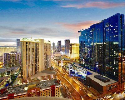Abz # 4, MGM Signature One Bedroom Balcony Suite. - Las Vegas Strip