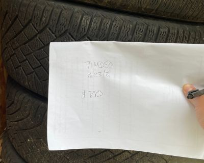 Continental VikingContact 7 winter tires on Black Accent Wheels with TPMS/Center Caps - price reduced
