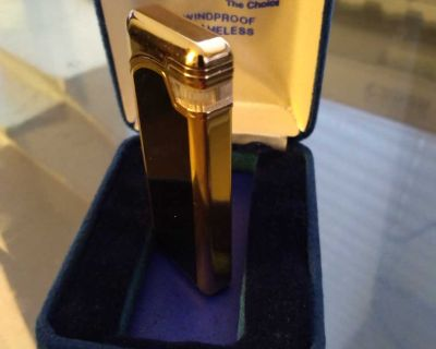 Vintage 1970s METACO The Choice Gold Tone Lighter