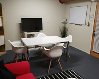 Private Office for 3 at Townsend Enterprises