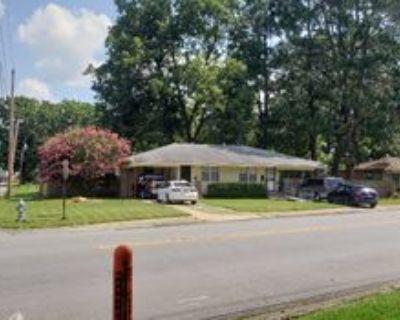 4701 Lynch Dr, North Little Rock, AR 72117 2 Bedroom Condo