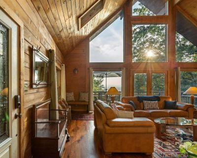Sunny Streams - Mountaintop Cabin with Incredible Sunset Views! - Keedysville