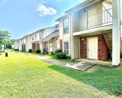 5705 E Texas St #52, Bossier City, LA 71111