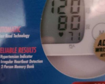 Nib blood pressure monitor