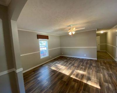 Room For Rent - 2017 Mobile Home In Acworth GA
