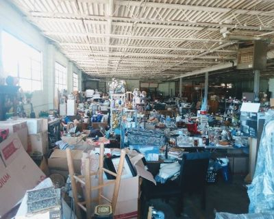 BIGGEST ESTATE SALE IN DUPAGE COUNTY