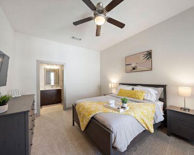 Medical Center Luxury Living 2bd/2ba Apartment - Texas Medical Center