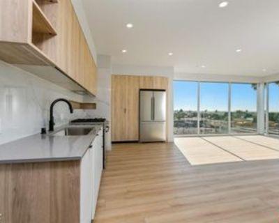 12431 Rochester Ave #PH1, Los Angeles, CA 90025 2 Bedroom Condo