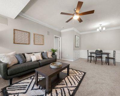 A Modern and Stylish 2 BR Apartment in Buckhead, Atlanta, GA