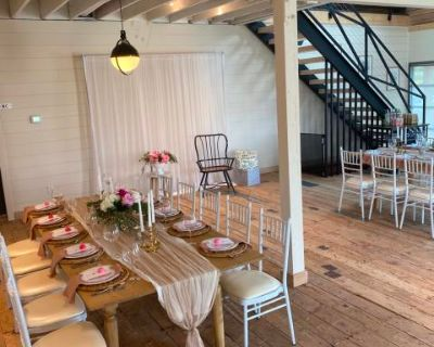 Downtown Modern-farm style White-Barn Event Space, Auburn, WA