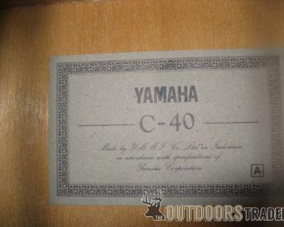 FS/FT yamaha classical guitar $75