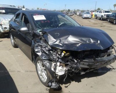 Salvage Gray 2013 Mazda Mazda3