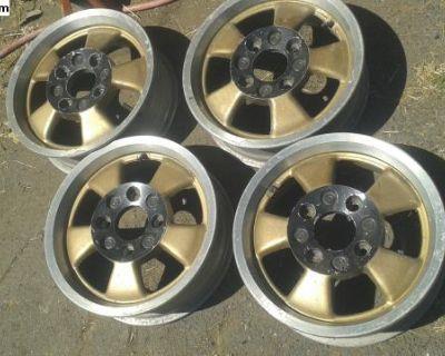 Formula Vee original riviera wheel set rims 15x5