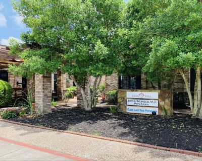 Boutique Office in Clear Lake/Webster area for Lease