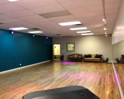 Spacious Dance Studio for Film/Photo Production
