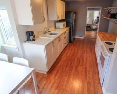 1530 Pine St #1, Boulder, CO 80302 2 Bedroom Apartment