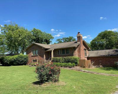 Nashville - Old Hickory Lake - Lakefront Home! - Hendersonville