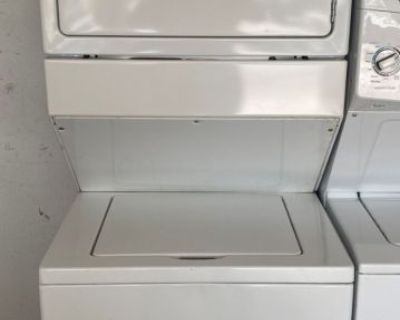 """Whirlpool 27"""" Stackable Washer and Dryer Unit 220V"""