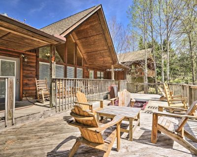 NEW! Cabin Escape by Dollywood / Pigeon Forge Pkwy - Pigeon Forge