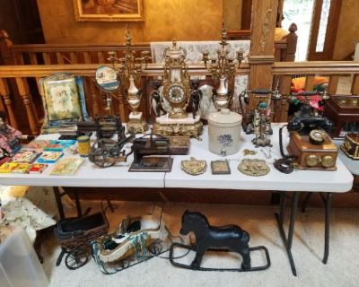 Estate Sale in Nashotah by MMES