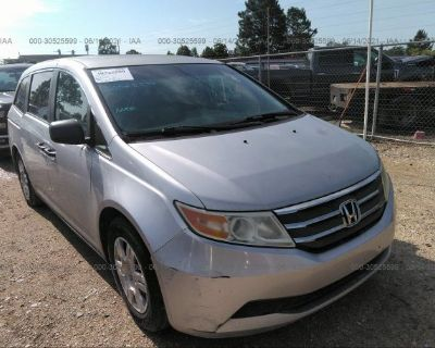 Salvage Silver 2011 Honda Odyssey