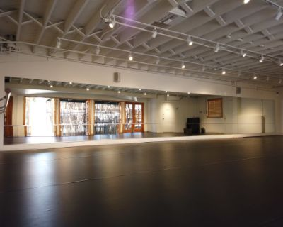 Beautiful Two Room Dance Studio/Rehearsal/Filming Space with Private Outdoor Patio, Los Angeles, CA