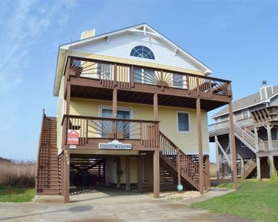 This home is nicely decorated, well maintained and offers something for everyone in the family. - South Nags Head