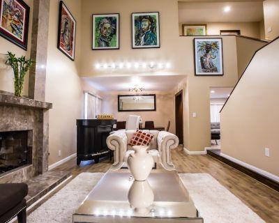 Spacious 5 Bedroom 4 Bathroom with Sauna & Jacuzzi - Diamond Bar