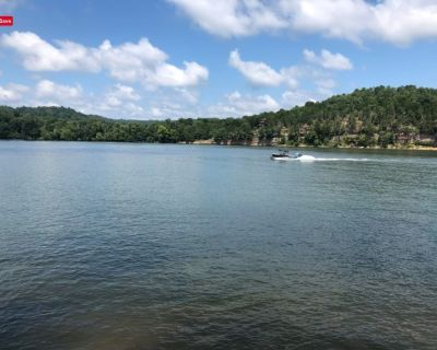 Relaxing and Cozy Water Front RV Lot on the Tennessee River at Kentucky Lake - Perry County
