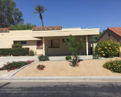 Beautiful remodeled 2 bedroom 2 bath condo in Palm Desert. - Palm Desert