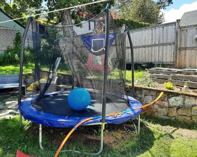 kids 8ft trampoline one year old