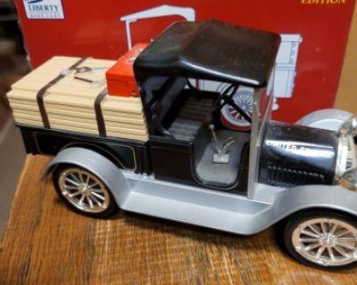 1916 Studebaker pickup bank