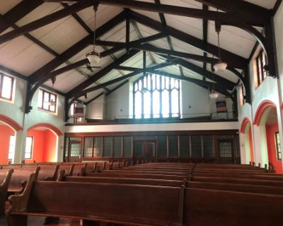 A Beautiful Church with Seating for 100 w/ Wifi, Projector and Bathrooms, Buffalo, NY